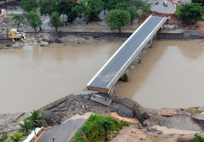 Palmares bridge destroyed